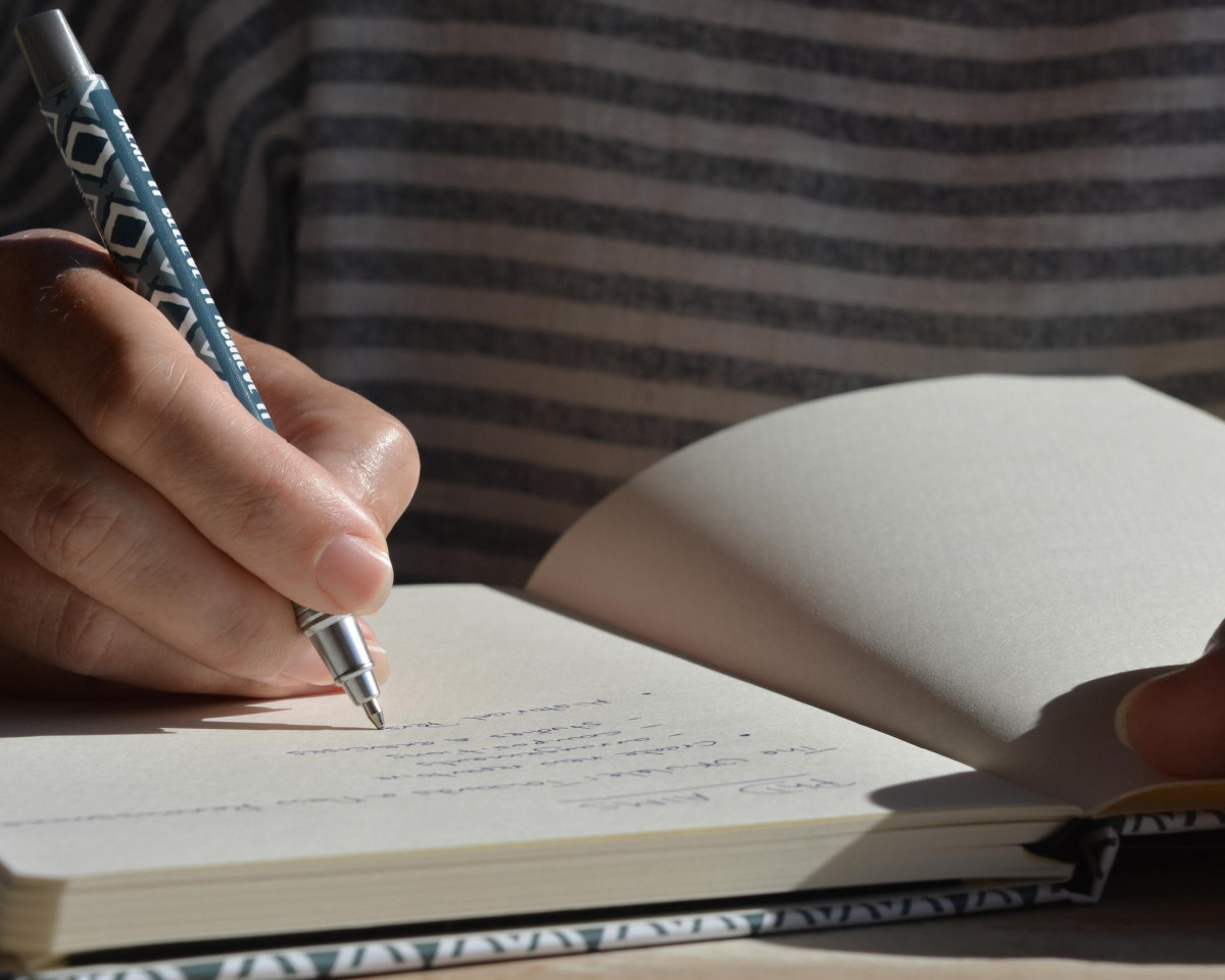 8 top tips for writing short stories